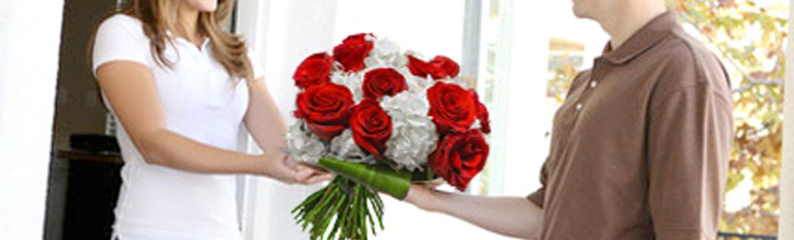 info livraison arum fleuriste montr al livraison de fleurs. Black Bedroom Furniture Sets. Home Design Ideas